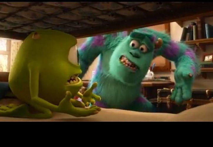 Durante el corto se aprecia la visita de Mike Wazowski a la fábrica de Monsters Inc. (Youtube)