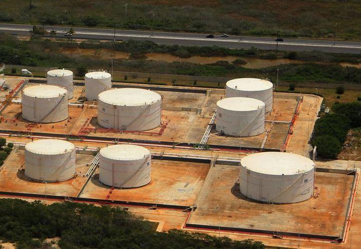 La válvula de seccionamiento que se localiza en el kilómetro 12 de la carretera Progreso-Mérida tendrá su simulacro de incendio. (Milenio Novedades)