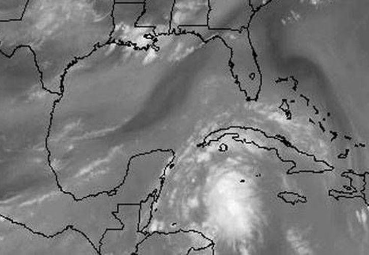Podrían intensificarse a ciclón en las próximas 48 horas. (weather.msfc.nasa.gov)
