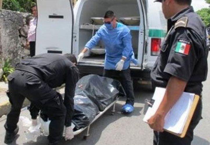 El cuerpo se encuentra en las instalaciones de la Semefo y todavía no es identificado. (Imagen ilustrativa)
