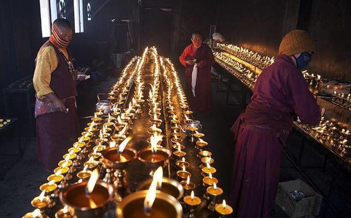 La secta del buda Maitreya había establecido un sistema de organización secreto a través del cual logró más de cuatro mil seguidores en todo el país. Foto de contexto. (Archivo/Reuters)