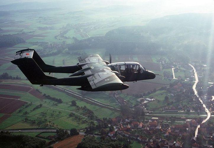 Los OV-10 Bronco, como el de la imagen, chocaron en plena práctica