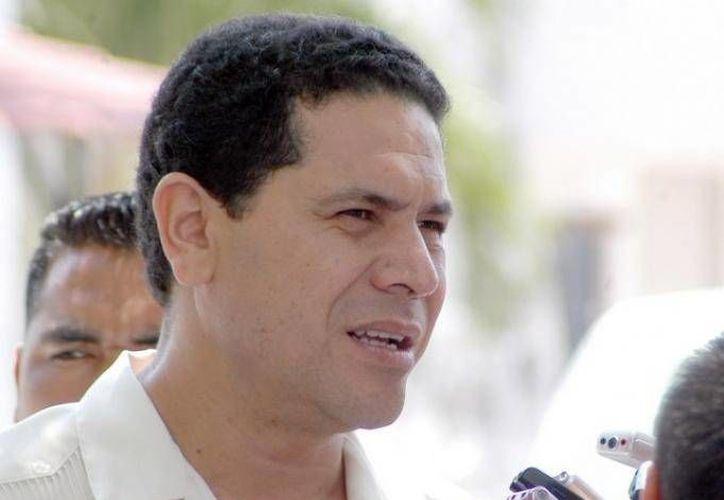 """Al fallar en el intento de reclamar los """"Dragones"""", Gregorio Sánchez se retiró, no sin antes decir que se trataba de un asunto personal. (Redacción/SIPSE)"""