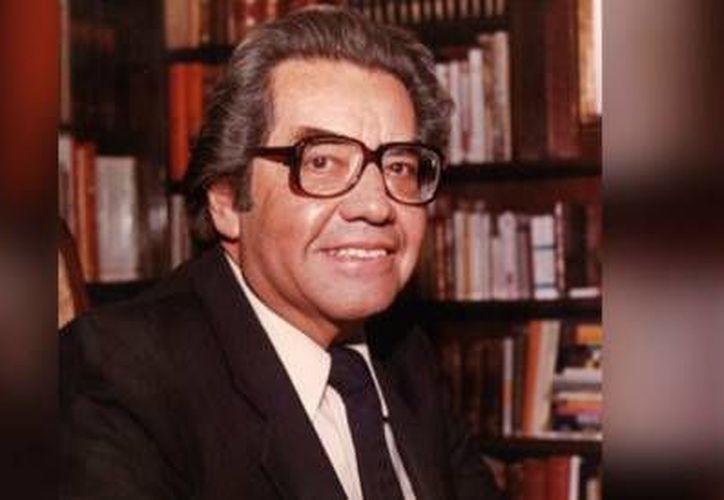 El ilustrador Rafael Freyre Flores, conocido también como 'Ranita' Freyre, falleció a los 98 años. (Foto tomada de aristeguinoticias.com, atribuida al Gobierno de Veracruz)