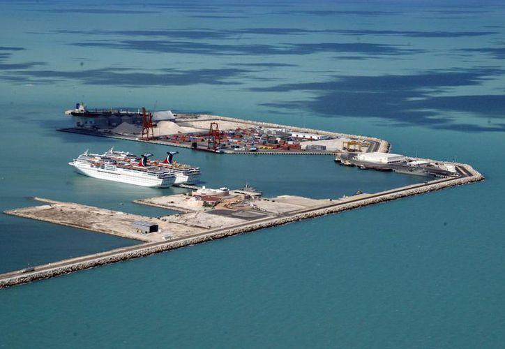 El Viaducto alterno aumentará la capacidad de carga en la terminal remota de Progreso. (Milenio Novedades)