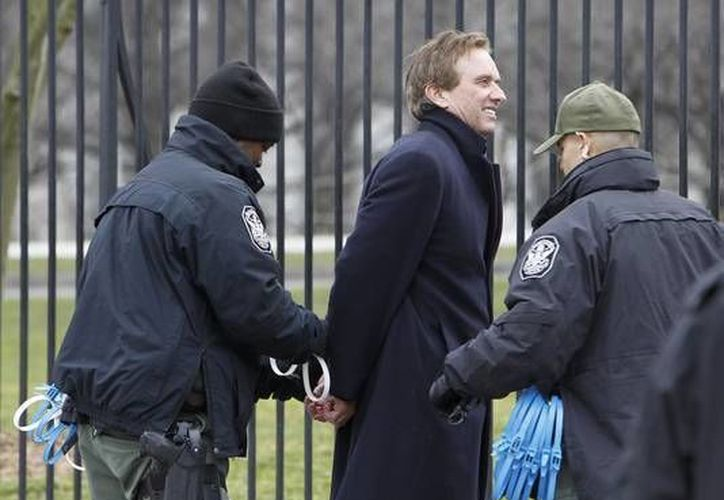 Fue detenido con varios ambientalistas más. (Agencias)