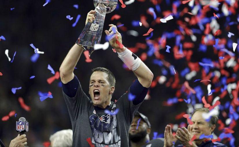 La serie repasará desde su perspectiva a los seis títulos de la NFL. (AP Photo/Darron Cummings, File)
