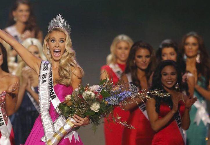 Olivia Jordan al momento de ser coronada como la nueva Miss USA. (elcomercio.pe)