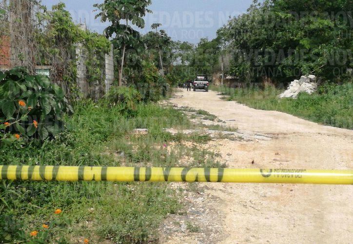 La zona fue acordonada por las autoridades municipales. (Eric Galindo/ SIPSE)