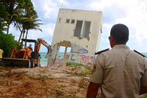 'Hacen vaquita' y pagan la demolición de un edificio