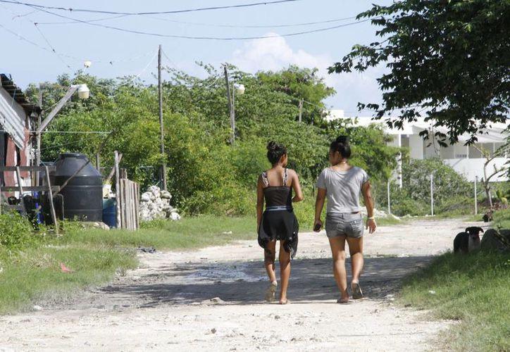 En Cancún hay un aproximado de 24 mil lotes establecidos en áreas irregulares. (Tomás Álvarez/SIPSE)