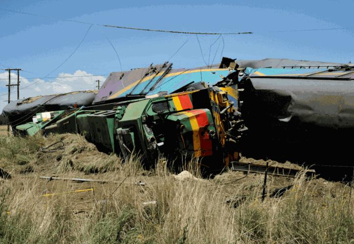 El accidente de tren tuvo lugar alrededor de las 09.15 hora local. (AP)