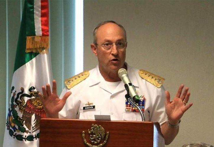 El secretario de Marina, Vidal Soberón, aseguró que los sicarios de 'El H2' agredieron a los uniformados. (Excélsior)
