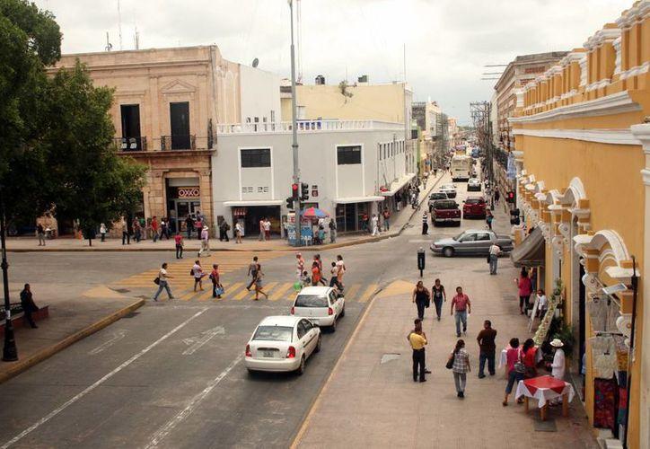 El área de la Plaza Grande está valuada en $19 mil 560 por M2, según la Ley de Hacienda del municipio de Mérida 2014. (Milenio Novedades)