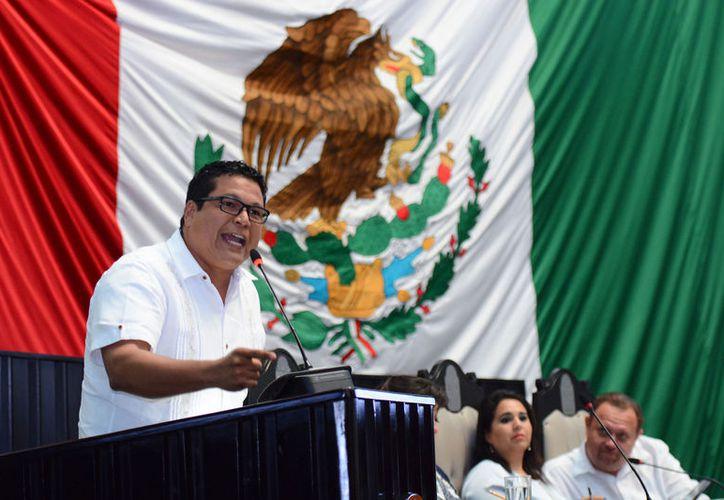 Se trata de una armonización federal para garantizar libertades a instituciones de educación superior: Zelaya, diputado del PAN. (Redacción)
