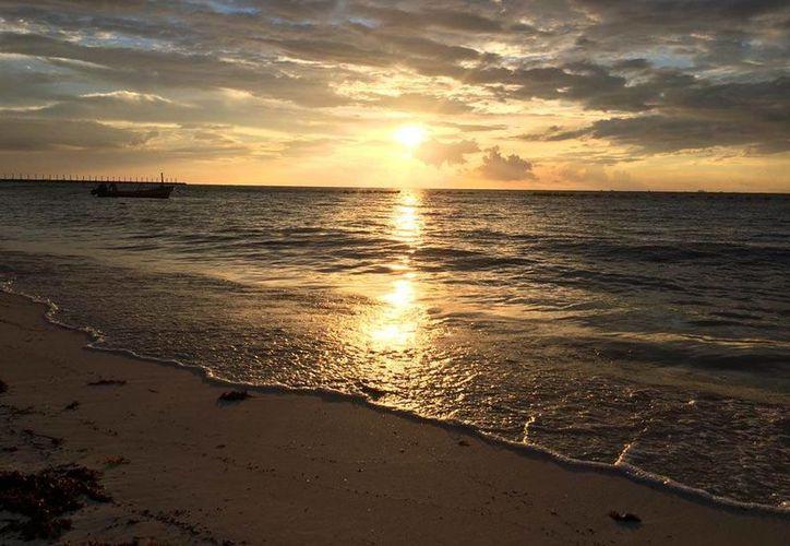 El escenario más popular para recibir los primeros rayos del sol es el Parque Punta Sur. (Contexto/Internet)