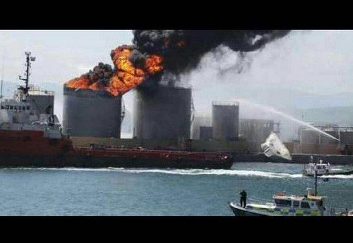 Una segunda explosión se registró en el astillero Astivik. (Minuto 30).