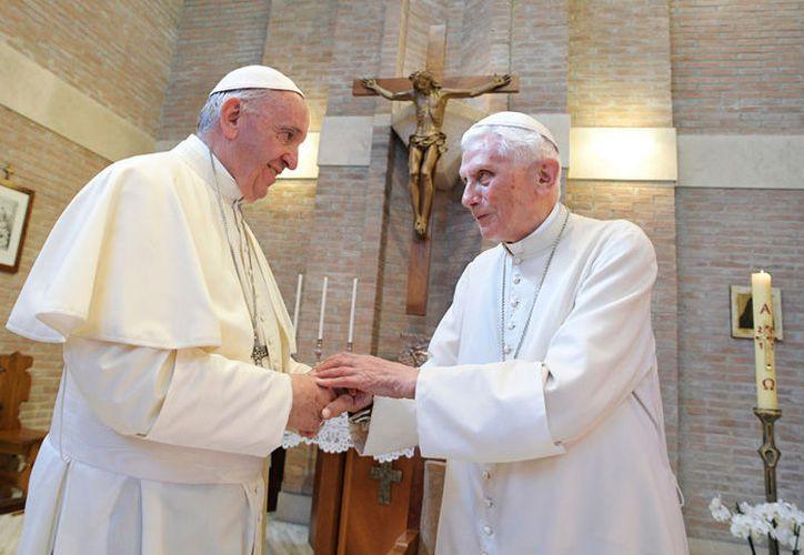En la carta, el Papa Emérito se refería a la formación teológica de Francisco. (Contexto/Internet)
