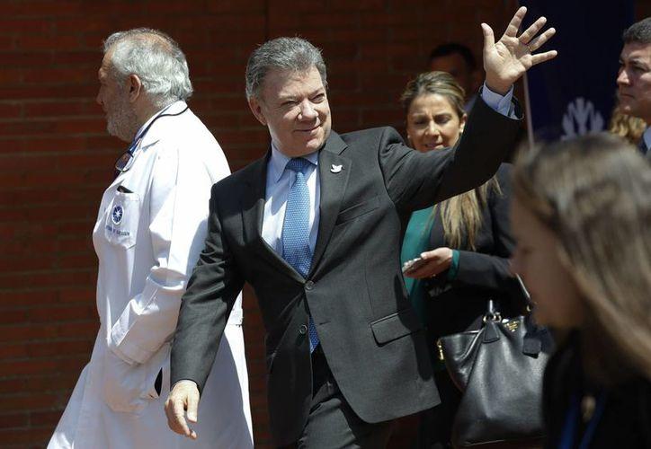 El presidente Juan Manuel Santos encabezó los esfuerzos del gobierno de Colombia por refrendar la paz con las FARC. (AP/Fernando Vergara)