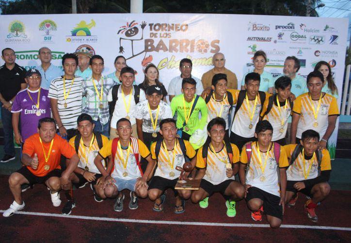 Fueron mil 300 futbolistas el mínimo que registro para esta onceava edición del torneo. (Miguel Maldonado/SIPSE)