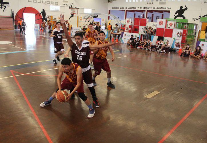 Los equipos buscan avanzar en la etapa nacional de esta justa deportiva. (Miguel Maldonado/SIPSE)
