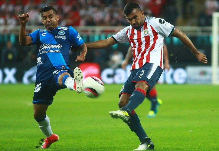 El técnico José Saturnino Cardozo, tomará algunas medidas deportivas con el zaguero. (Jammedia)
