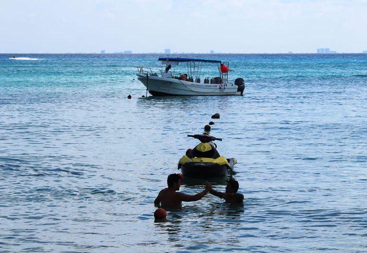 Los playenses que viven del turismo, ven estos días como una oportunidad para generar buenos ingresos. (Foto: Octavio Martínez/SIPSE).