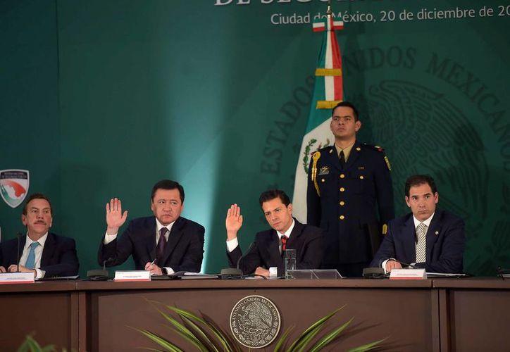 Peña Nieto encabezó la XLI Sesión del Consejo Nacional de Seguridad Pública en Palacio Nacional. (Presidencia)