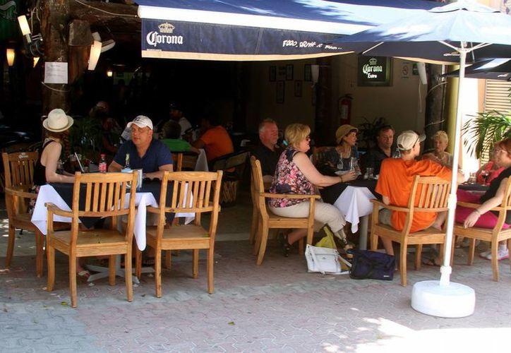La actividad de los restaurantes ya ha registrado descapitalización o están a punto de sufrirla, por lo que es inevitable que el aumento de los insumos impacte ahora en el consumidor final. (Adrián Monroy/SIPSE)