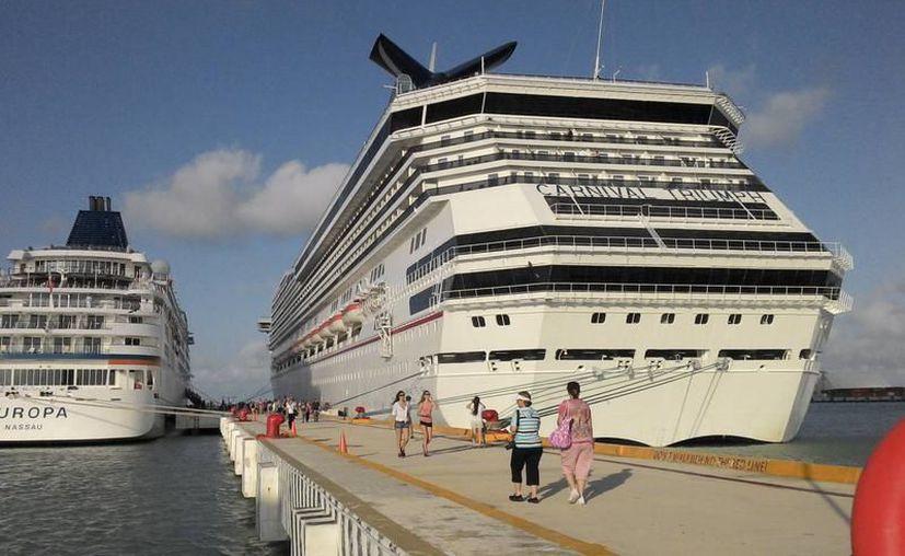 Puerto Progreso en Yucatán, repunta en la recepción de cruceristas. (Archivo/SIPSE).