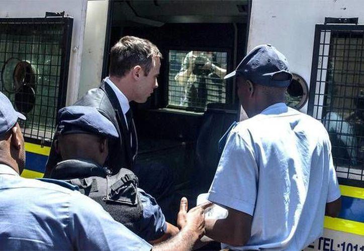 Oscar Pistorius, condenado por el homicidio de su novia, comparte la zona de enfermería con otros ocho presos con discapacidad. (sport.es/Foto de archivo)