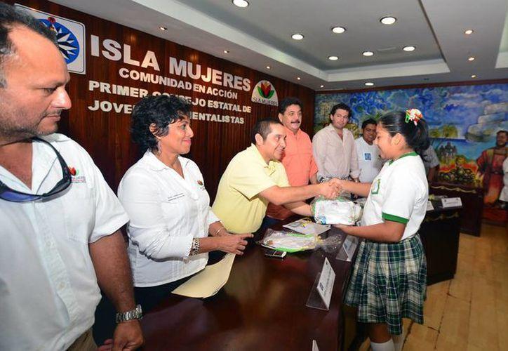 El presidente municipal, Agapito Magaña, encabezó las actividades. (Redacción/SIPSE)