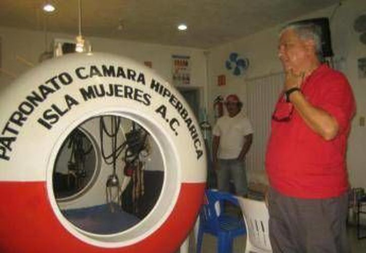 La Cámara Hiperbárica está al servicio de los trabajadores del mar. (Lanrry Parra/SIPSE)