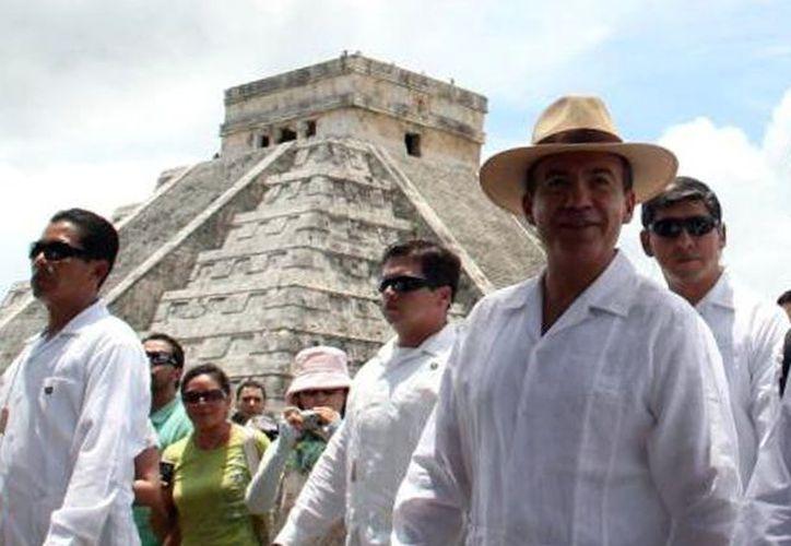 Felipe Calderón ha visitado varias veces la zona maya de Chichén Itzá. (Milenio Novedades)