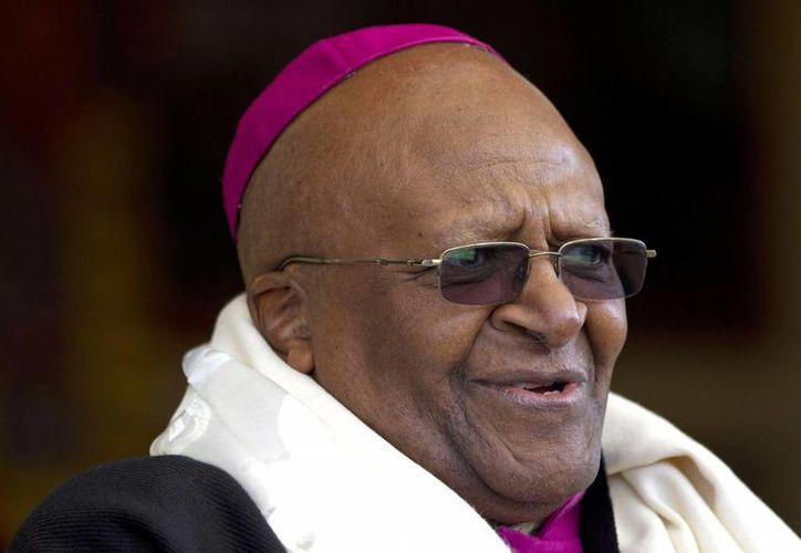 Tutu, de 81 años, fue galardonado en 1984 con el Premio Nobel de la Paz. (Agencias)