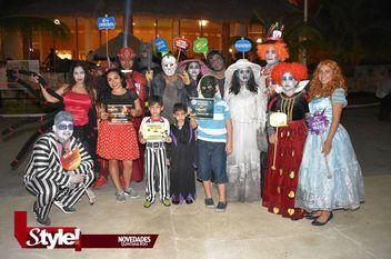 Parque de diversiones festejan Halloween en Cancún