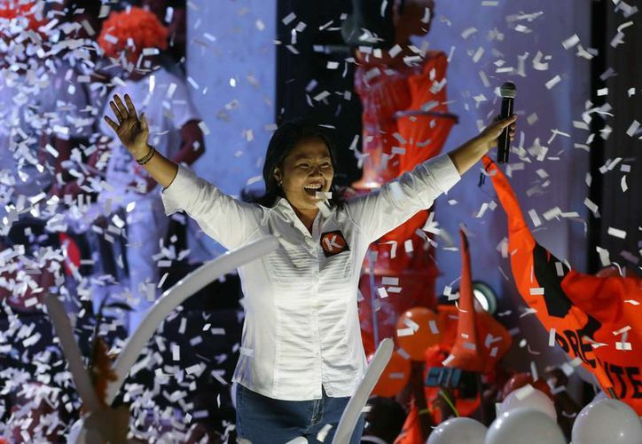 La candidata presidencial peruana por el partido Fuerza Popular, Keiko Fujimori, sigue encabezando las encuestas. (EFE/Archivo)