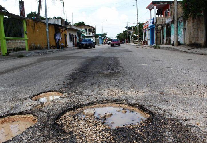 Según la Cruz Roja uno de los sitios donde se han presentado accidentados, fue en la Décima Avenida con calle Seis. (Octavio Martínez/SIPSE)