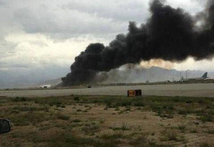 El avión se estrelló poco después del despegue. (Agencias)