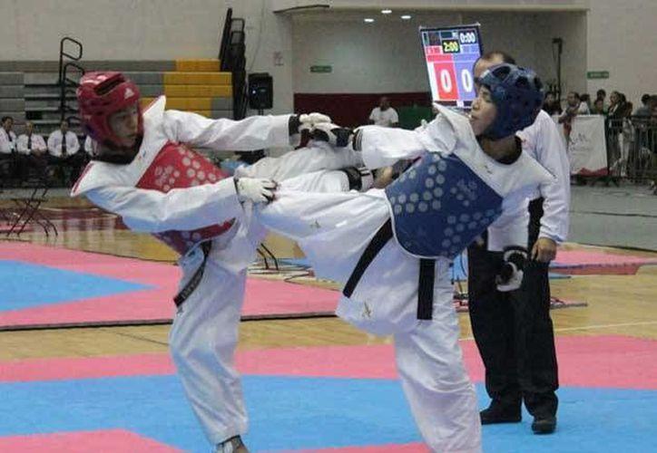 Imagen de la competencia de tae kwon do durante la Olimpiada Nacional que se realizó en Nuevo León, y en la que Yucatán quedó en quinto lugar. (Milenio Novedades)