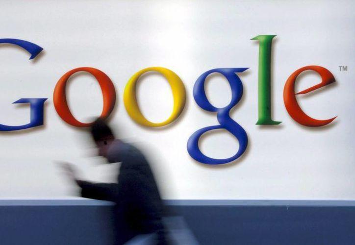 Hasta ahora nunca había transcendido cuánto pagaba Google a Apple para mantener su su barra de búsqueda en los teléfonos iPhone. (Archivo/EFE)