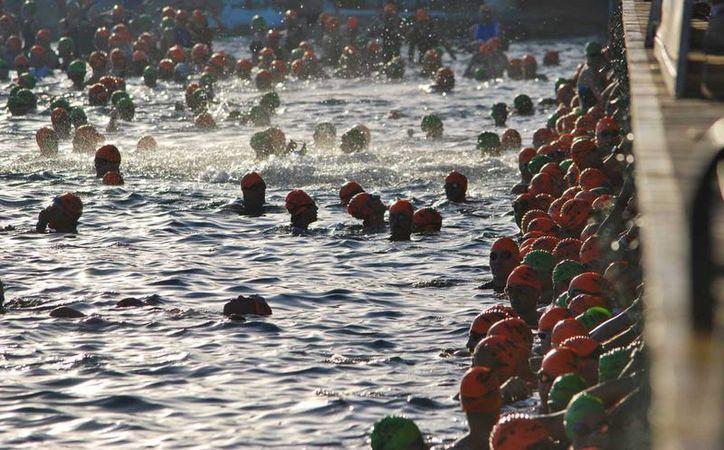 La competencia mundial de natación congregaría a más de dos mil atletas. (Gustavo Villegas/SIPSE)