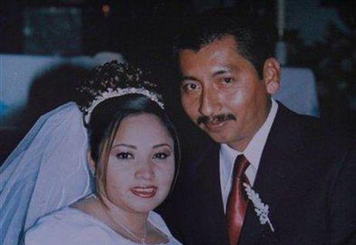 Diana Martínez y Carlos Gómez murieron en un accidente de tránsito y sus hijos Carlos y Fátima resultaron gravemente heridos en el encontronazo contra una camioneta. (Agencias)