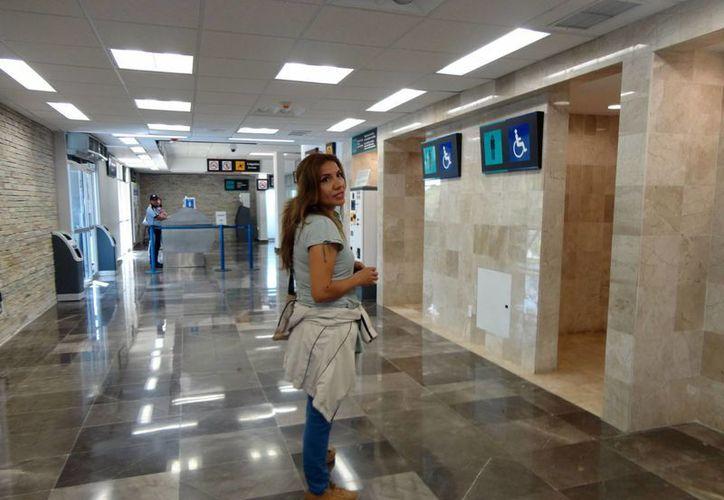 La originaria de Guadalajara permaneció detenida durante dos horas; dijo desconocer cómo retornará a su lugar de origen. (Harold Alcocer/SIPSE)
