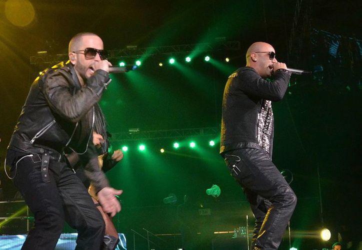 A causa del accidente, Wisin y Yandel han tenido que posponer su concierto en Mérida. (Notimex)