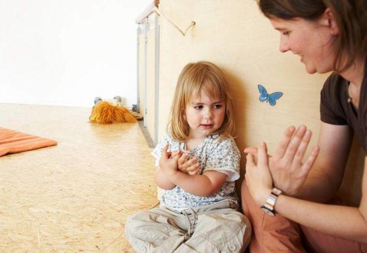 El sistema de lenguaje de signos es usado en el mundo por un total de 70 millones de personas. (elpais.cr)