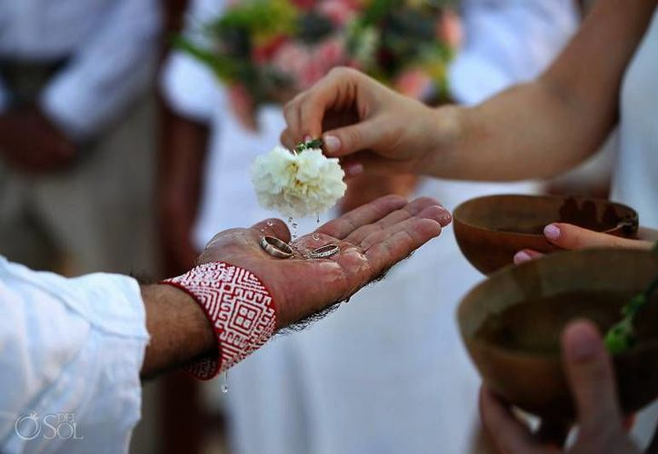 Las bodas en Yucatán se vuelven una tendencia nacional. Turistas se enamoran de la historia y el romanticismo del Estado. (Milenio Novedades)