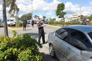Activan operativo contra venta de autos dentro de estacionamientos