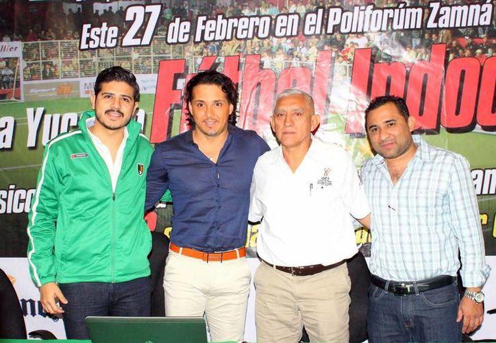 El pasado jueves se llevó a cabo la presentación de la Copa Yucatán de futbol Indooor, el cual contará con la participación de exfiguras mexicanas. (Milenio Novedades)