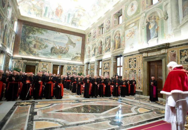 El pontífice se reunió con cardenales. (EFE)